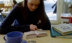 Words of an Aspiring Author: Rory Gilmore Reading Challenge-Who Moved My Cheese. Informations Abou School Motivation, Study Motivation, Gilmore Girls, Rory Gilmore Style, The Complete Poems, Spencer Hastings, Cult, Reading Challenge, Book Challenge
