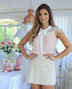 Look rosa y blanco