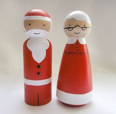Santa and Mrs. Claus Peg Doll Set