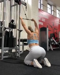 Prime workout plans that are really straight-forward for starters, both male and women to achieve. Read the workout exercise routine ref 8640446532 today. Body Fitness, Fitness Tips, Health Fitness, Back Workout Routine, Workout Plans, Cable Workout, Back And Biceps, Back Exercises, Shoulder Workout
