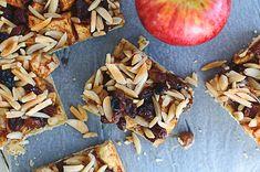 Vegan Apple Pie with Cinnamon and Coconut Cream /// Veganer Apfel-Zimt-Kuchen vom Blech mit Kokoscreme