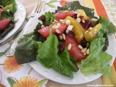 Winter Citrus Salad- so pretty and perfect for you holiday parties!