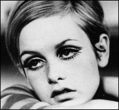 60s makeup on Twiggy