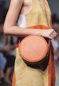 На заметку: круглые сумки