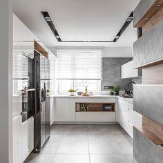 Home Decor Kitchen, Kitchen Interior, Kitchen Dining, Dining Room, Kitchen Pantry, Kitchen Cabinets, Home Goods Decor, Kitchen Models, Ideas Para