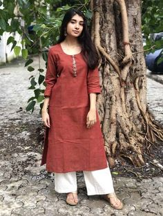 Indigo Handwoven Hand Embroidered Kurta with Hand Zari Work Simple Kurta Designs, Kurta Designs Women, Ethnic Outfits, Indian Outfits, Dress Neck Designs, Blouse Designs, Casual Indian Fashion, Casual College Outfits, Western Dresses For Women