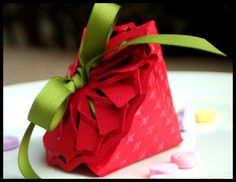 Strawberry Favor Box made with Heart dies and Spellbinders new Cut Fold Tuck dies! Thx to @kazanclark!