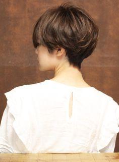 Asian Short Hair, Pixie Cut, Short Hair Styles, Hair Cuts, Hairstyle, Makeup, Beauty, Chic Short Hair, Hair Looks