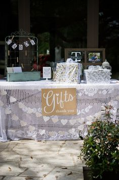 95 best Shabby Chic Wedding Ideas images on Pinterest | Marriage ...