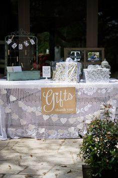 Gift table - too cute! #shabbychic #weddingideas {@jennlucia}
