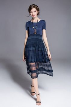 See-through Swing O-Neck Pleated Midi Dress