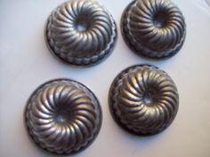 Mini bundt cake pans by TheSame on Etsy