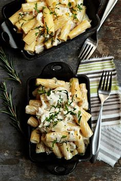 goat cheese mac & cheese with shredded chicken and rosemary