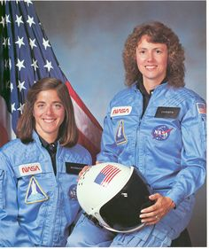 Christa McAuliffe and Barbara Morgan, Teacher in space primary and backup crew members for Shuttle Mission This mission ended in failure when the Challenger orbiter exploded 73 seconds after launch on January (Great Images in NASA) Tony Goldwyn, Neil Armstrong, Space Shuttle Disasters, Space Disasters, Challenger Explosion, Barbara Morgan, Christa Mcauliffe, Space Shuttle Challenger, Challenger Space