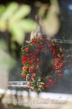 Krans av rönnbär | blomsterverkstad | Sköna Hem