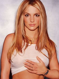 Britney Spears with Blonde hair with strawberry highlights