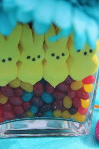 LOVE this Marshmallow peeps Centerpiece we made for Easter!