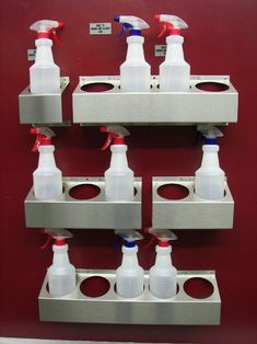 Aran Stainless Fabricators specializes in stainless steel spray bottle holders. We create the nations highest quality ultimate spray bottle holders. Mobile Pet Grooming, Grooming Salon, Clinic Interior Design, Clinic Design, Veterinarian Office, Pet Hotel, Hospital Design, Vet Clinics, Veterinary Medicine