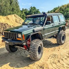Jeep Xj Mods, Jeep Wj, Jeep Cars, Jeep Truck, Jeep Cherokee Xj, Adventure Jeep, Jeep Sport, Badass Jeep, Custom Jeep