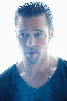 Brad Pitt l Hairstyles Angelina Jolie, Brad And Angelina, Jolie Pitt, Brad Pitt, Tilda Swinton, Jennifer Aniston, Oklahoma, Brad And Angie, Gisele Bündchen