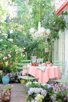 flores atractivas en la terraza