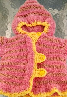 315e82f5bed5 Manteau bébé fille chaud taille 3 mois fait main neuve à vendre    lemarchedufaitmain Direction le