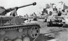 A column of Panzer IV tanks in Greece forming under the Acropolis, Apr Panzer Iv, German Soldiers Ww2, German Army, Berlin, Rivers And Roads, Premier Ministre, Finance, Army Vehicles, Armored Vehicles