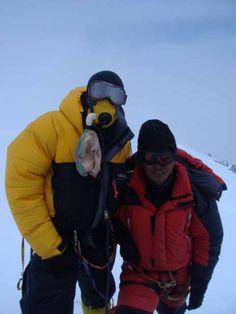 Everest Summitclimb Mt Everest / Lhotse : Summit pictures and more Summit Pictures Summit Everest, Love Background Images, Bhutan, Himalayan, Tibet, Afghanistan, Nepal, Canada Goose Jackets, Winter Jackets