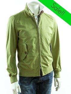 Baracuta. Fashion & Style. Shop here! http://www.giancarlino.it/shop/abbigliamento-uomo/giubbino-baracuta-in-cotone-delavato/
