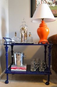 Some ideas for refinishing the metal cart I scored at my local Habitat for Humanity store this week for only.drum roll please.one dollar!do check it out.and remember the proceeds go toward a good cause! Condo Living, Decor, Metal Cart, Family Living Rooms, Refinishing Furniture, Orange Lamps, Paint Bar, Retro Bar Cart, Tea Trolley