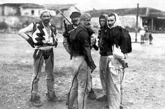 Albanian fighters in the employ of the Ottomans ready for a battle with Serbian forces in a photograph dated from At the conclusion of the First Balkan War, Albania—controlled by Serb and Greek troops—was designated to be an independent country. Albanian People, Albanian Culture, Turkish Soldiers, Turkish People, The Turk, Magnum Opus, European History, Historical Pictures, First World