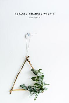 DIY Foraged Triangle Christmas Wreath tutorial | @fallfordiy