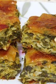 Spanakopita (Greek Spinach & Feta Pie) http://www.discover-peloponnese.com/