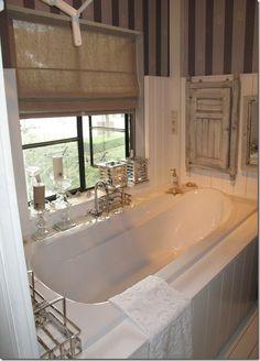 Riviera Maison bathroom at Lief, Leuk & Anders
