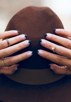 101 Classy Nail Art Designs for Short Nails Edgy Nails, Classy Nails, Simple Nails, Cute Nails, Black Nail Art, Black Nails, Gold Nails, Nail Art Designs, Nail Design