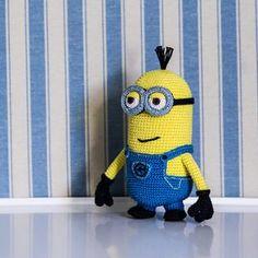 Minion Tim (Despicable Me) amigurumi crochet pattern by AradiyaToys