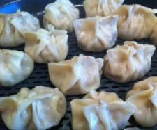 Recipe Money Bags / Steamed Dumplings by banchor, learn to make this recipe easily in your kitchen machine and discover other Thermomix recipes in Main dishes - meat. Radish Recipes, Meat Recipes, Asian Recipes, Cooking Recipes, Cantaloupe Recipes, Delicious Recipes, Recipies, Cheddarwurst Recipe, Mulberry Recipes