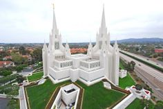 The most beautiful Mormon temples in the United States and the world.