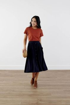 Modest Clothing, Navy Pocket Skirt, Modest Clothes Modest Skirts, Modest Outfits, Modest Fashion, Skirt Fashion, Short Skirts, Modest Clothing, Dress Skirt, Midi Skirt, Feminine Style