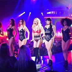 #BritneySpears #pieceofme #Nov18  Full Coverage on http://ift.tt/2gqebPr http://ift.tt/2g8cjsc