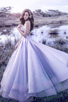 Joli Poli Haute Couture & Wedding Studio 278 Vo Thi Sau Street, District Ho C … Bridal Dresses, Wedding Gowns, Prom Dresses, Formal Dresses, Beautiful Gowns, Beautiful Outfits, Dress Outfits, Fashion Dresses, Set Fashion