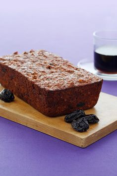 Best Fiber-Rich Chiquita Banana Loaf Recipe: Dried plum puree can be used in place of oil or other fats in baked goods such as this Fiber-Rich Banana Bread. Loaf Recipes, Banana Bread Recipes, Fruit Recipes, Baby Food Recipes, Food Baby, Fiber Rich Foods, High Fiber Foods, Pumpkin Pie Spice, Pumpkin Loaf