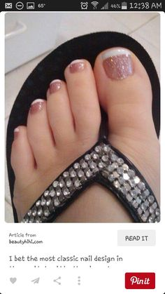 17 Ideas french pedicure designs toenails pretty toes for 2019 Cute Toes, Pretty Toes, Pretty Toe Nails, Fancy Nails, Trendy Nails, Toe Designs, Tow Nail Designs, Toe Nail Flower Designs, Simple Pedicure Designs