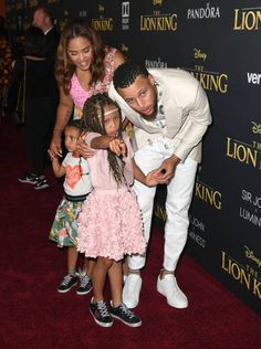 Stephen Curry Pictures and Photos - Getty Images Stephen Curry Photos, Stephen Curry Family, The Curry Family, Nba Stephen Curry, Basketball Players, Nba Players, Prom Goals, Ayesha Curry, Larry Bird