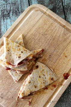 A Turkey Cranberry Quesadilla turns your favorite Thanksgiving flavors into an ooey gooey quesadilla with a tart bite!