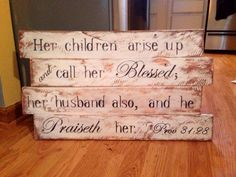 Sign made from pallet wood