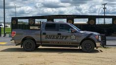 Yes, finally the sheriffs are using some trucks for once