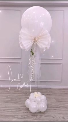 Birthday Balloon Decorations, Balloon Crafts, Balloon Gift, Balloon Garland, Diy Wedding Decorations, Birthday Balloons, Graduation Decorations, Wedding Balloons, Balloon Centerpieces Wedding