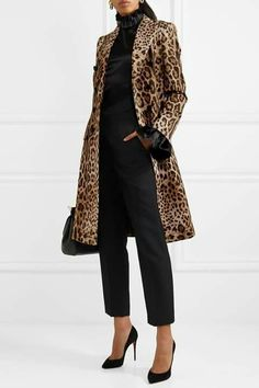 3fbbea2fd6 Love the look  Subscribe to www.ktfashion2016.wordpress.com for weekly  fashion · Leopard Print CoatLeopard ...