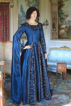 Long-Arm-Renaissance Dress No. 99 - 153.54 GBP - Medieval and Renaissance Clothing, Handmade by Your Dressmaker